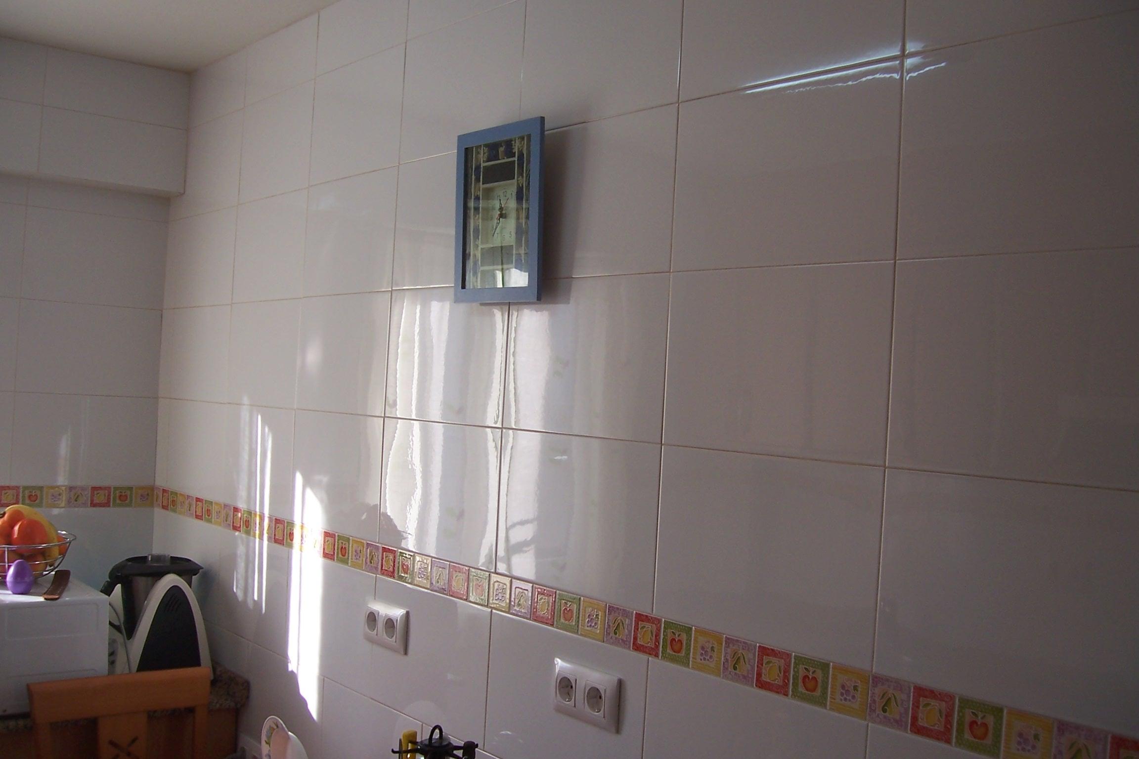 Reforma cocina a coru a aquaminis - Azulejos cocina ...